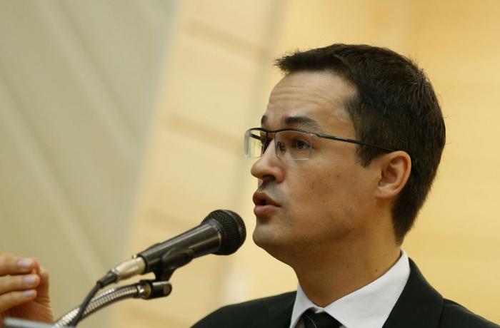 Deputados querem prisão de Dallagnol por manipulação de delação contra o PT